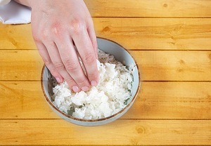 роллы, суши, кухня японская, закуски, приготовление роллов, блюда из морепродуктов, закуски из морепродуктов, блюда из риса, блюда из рыбы, рецепты кулинарные, про роллы, про суши, техника приготовленияТехника приготовления суши и роллов