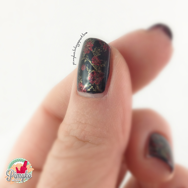 pimyko-swatch-perceval-aengland-lancelot-holygrail-nail-nailpolish-stamping