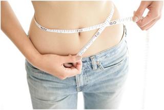perut wanita langsing