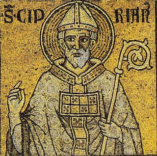 Mosaico del santo con baculo y mitra y bendiciendo con mano derecha