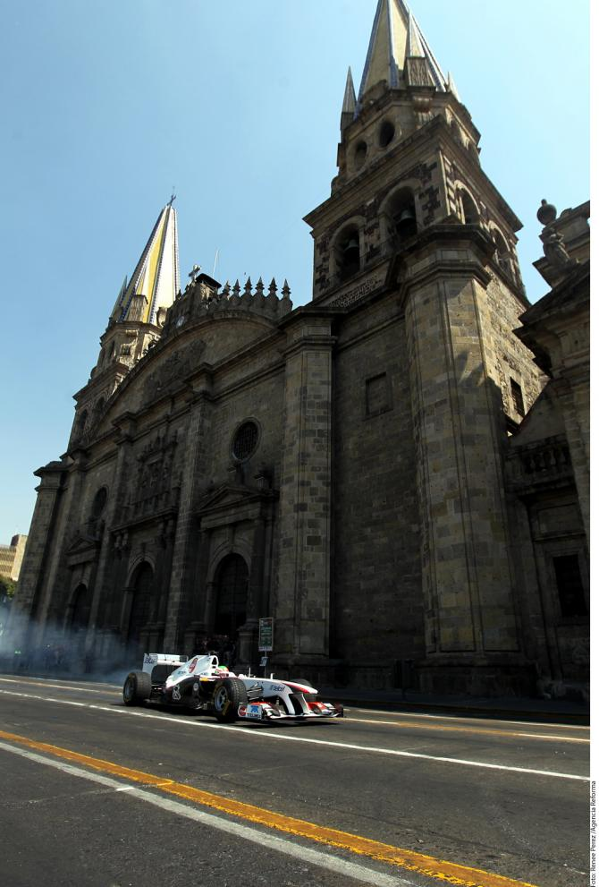 MotorHome F1: Exhibición de Sergio Pérez