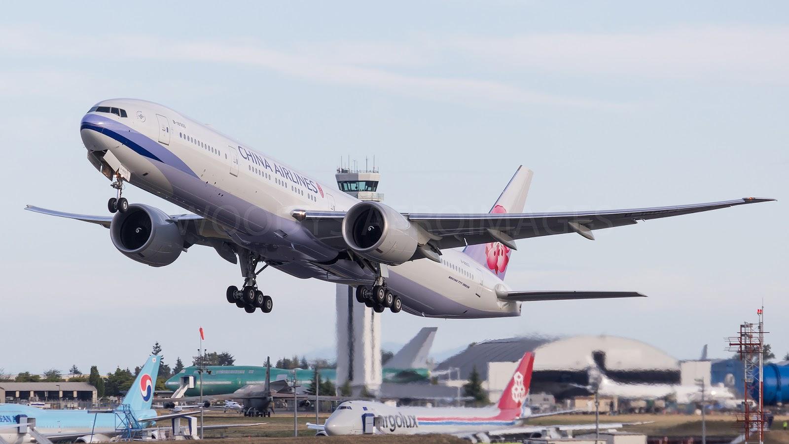 B-18003 B777-309ER China Airlines Delivered