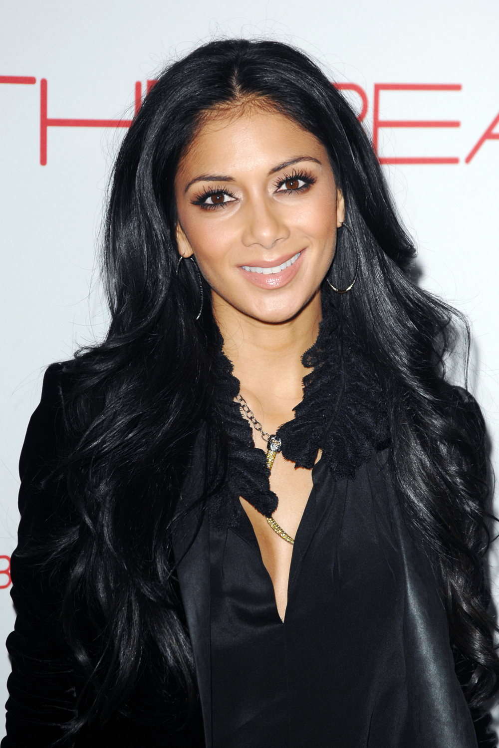 Nicole Scherzinger Long Curly Hairstyles 05