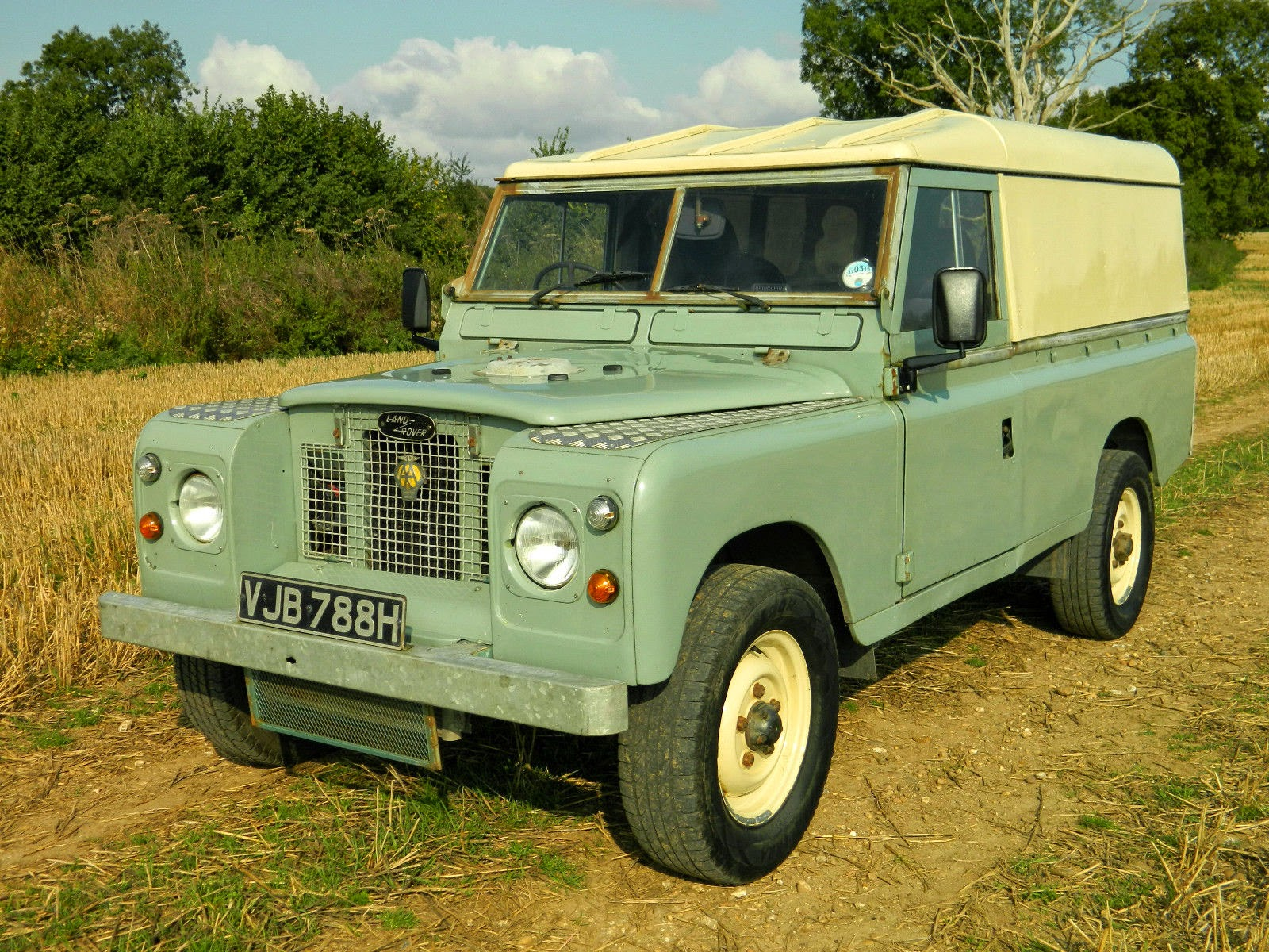 1969 land rover series 2a 109 fully restored auto. Black Bedroom Furniture Sets. Home Design Ideas