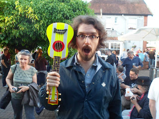 James Hill with Paul Mac's reflecto ukulele