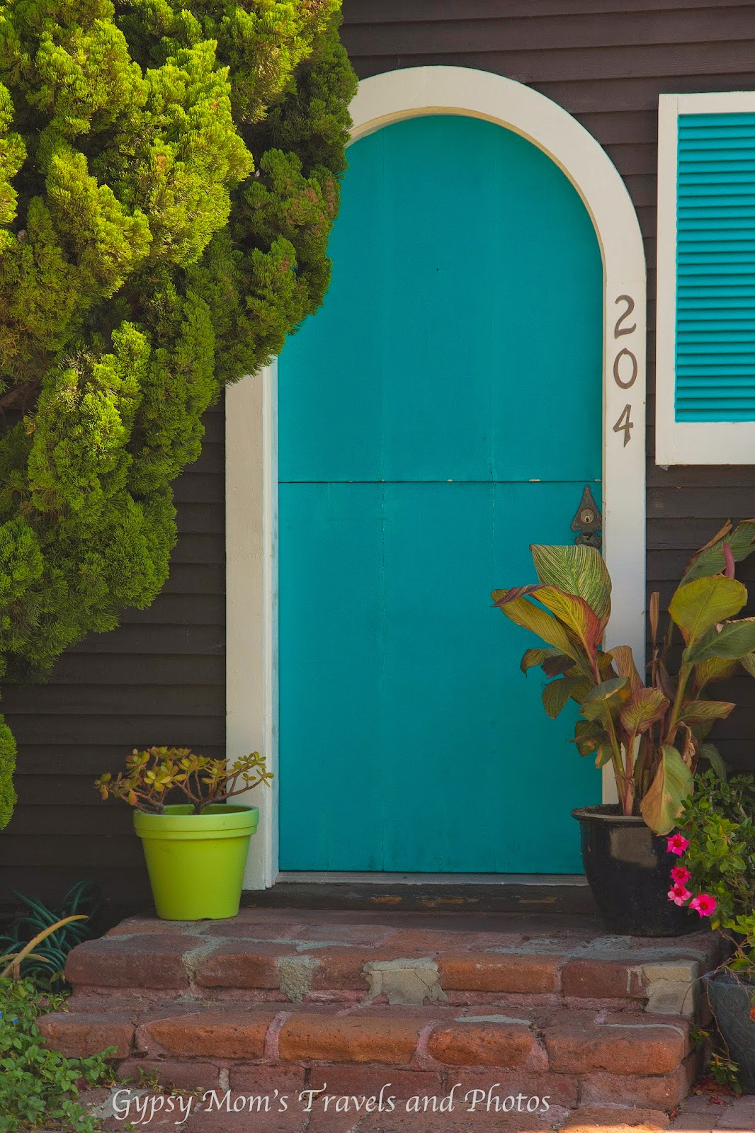 Blue door on house on Balboa Island