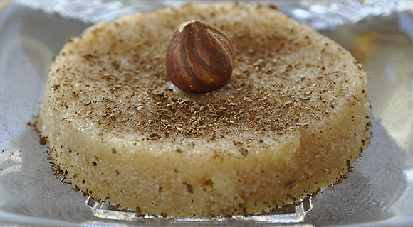 Halvas with semolina