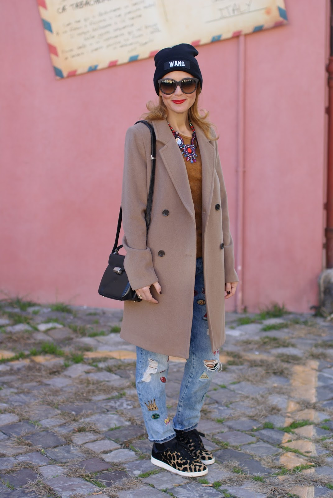 Wang beanie, Zara patched jeans, adidas stan smith sneakers leopard cardboard and camel boyfriend coat on Fashion and Cookies fashion blog, fashion blogger style