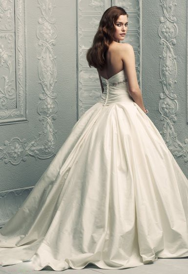 Why Are Wedding Dresses So Expensive 85