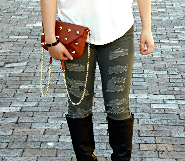#thisisstyle distressed jeans