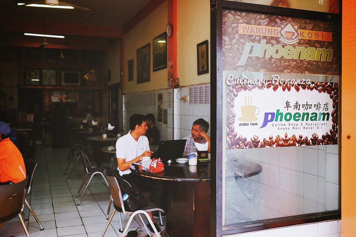 Warung Kopi Phoenam Jampea Makassar