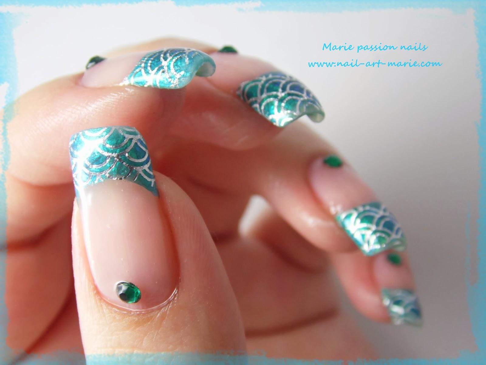 Nail art Mermaid French4