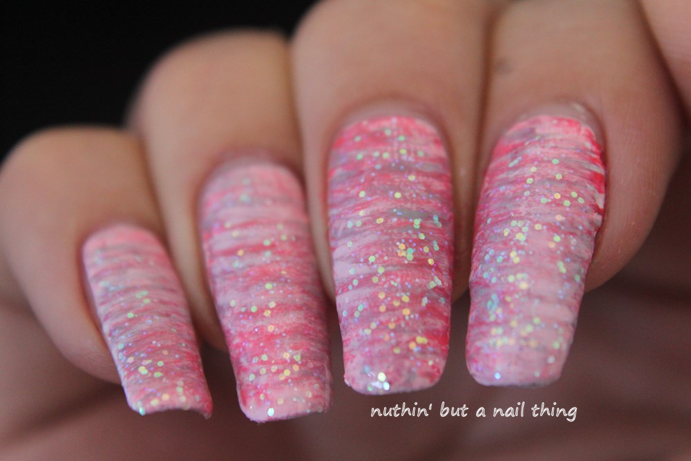 nuthin\' but a nail thing: 40 Great Nail Art Ideas - Glitter Topper