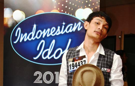 Video Febri Rasa Yang Tertinggal Indonesian Idol 18 Mei 2012 YouTube