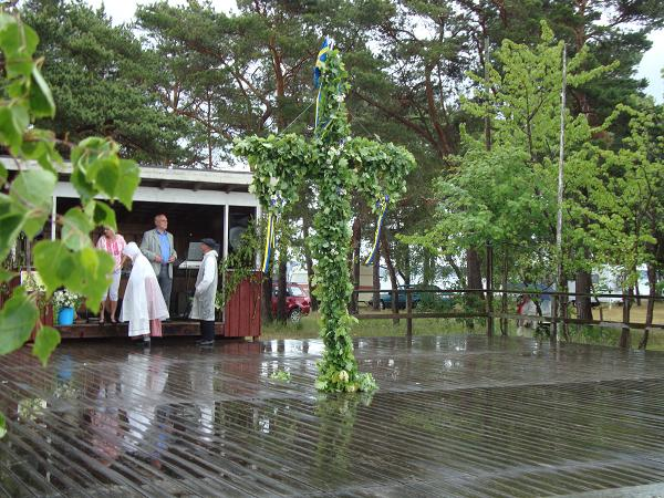 Birgitta axelsson edstr m r ttvisan framf r allt midsommardag - Tegelstenen ...