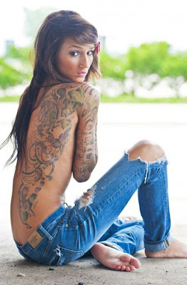 ιστορίες tattoo - roz grammes