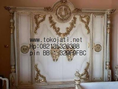 lemari duco putih,lemari baju ukir jepara,lemari pakaian klasik ukiran jepara,furniture mebel jepara,jual mebel jepara,code mebel jepara A116