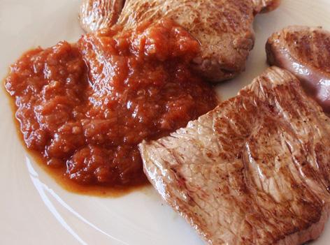 Filete de ternera con salsa al vino tinto - Filetes de ternera con salsa ...