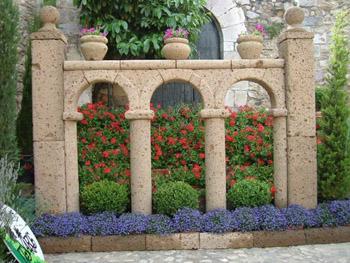 Arte y jardiner a dise o de jardines la fusi n del - Arcos de jardin ...