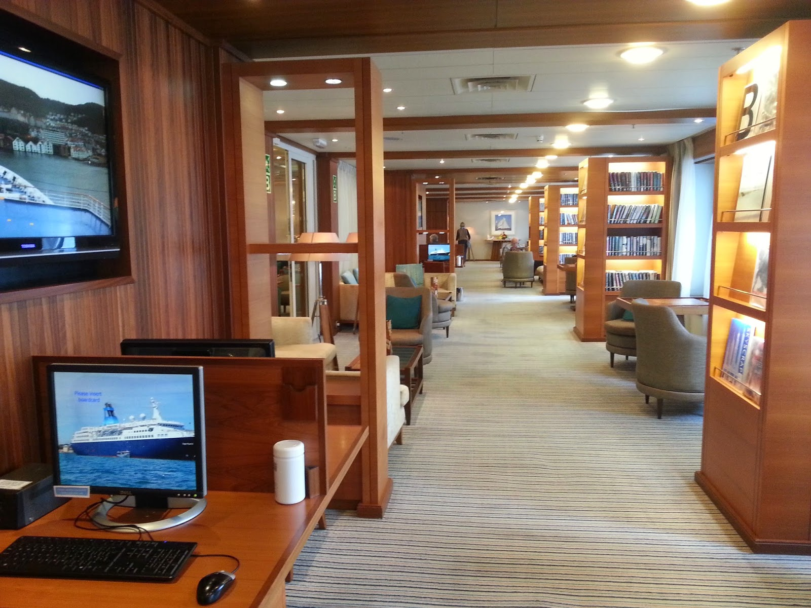 Cruise Ship Saga Pearl II - Library & Internet Centre