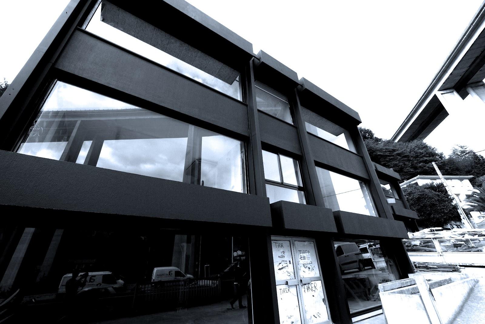le blog de l 39 agence avantgarde design retail design et design de lieux avril 2012. Black Bedroom Furniture Sets. Home Design Ideas