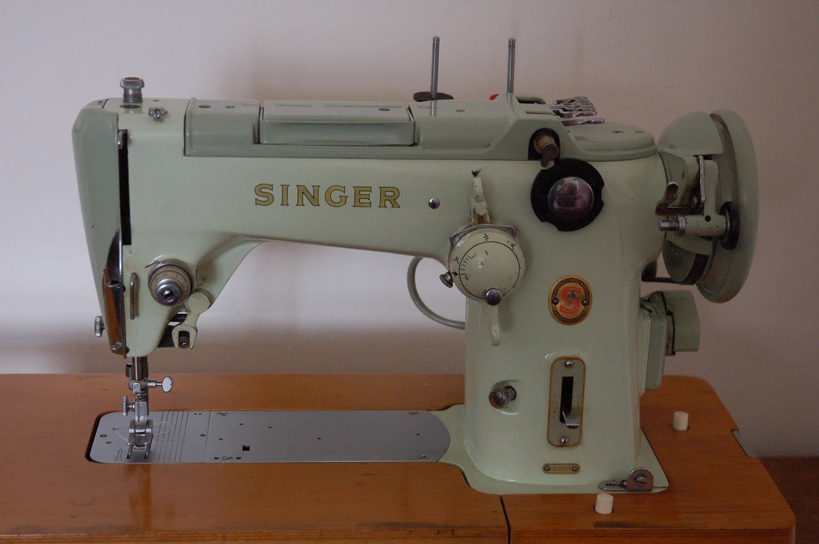 Singers Swing Arm Zig Zag A 320k Old Singer Sewing Machines Machine Wiring Diagram Sold
