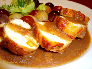 http://cosas-mias-y-demas.blogspot.com.es/2013/09/pechuga-de-pollo-con-salsa-de-uvas.html