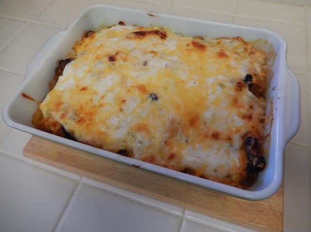 Thanksgiving%2BLazy%2BChili%2BRellano%2BCasserole Weight Loss Recipes Thanksgiving Leftovers Transformed: Lazy Chili Rellano Casserole