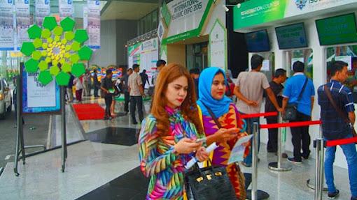 International Islamic Expo 2015: BRI Syariah Tawarkan Produk Layanan Haji & Umrah