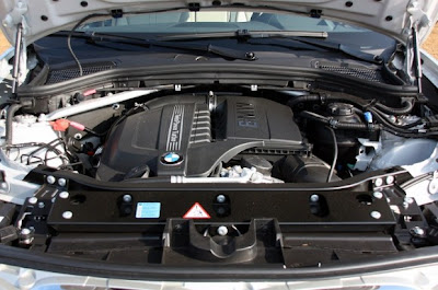 2011-BMW-X3-Engine
