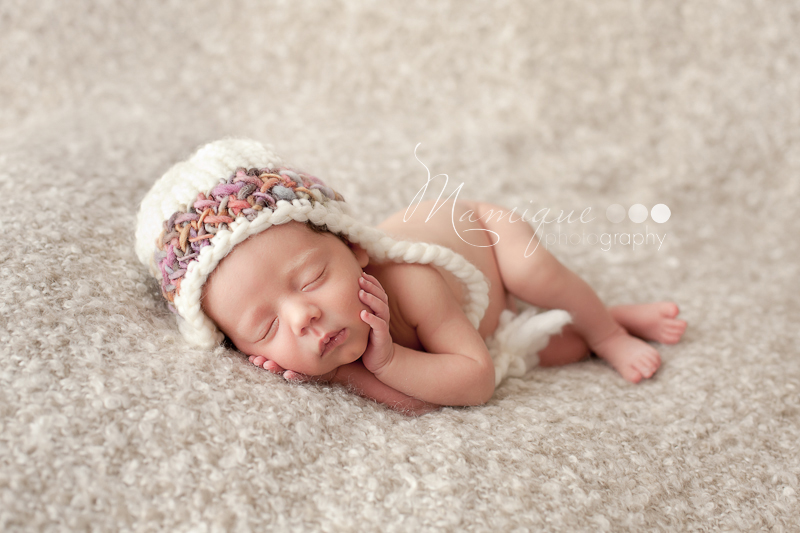 Infant girl in beautiful hat - Lowermainland Photographer