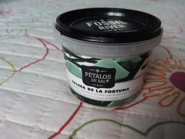 Petalos-sal-blanca
