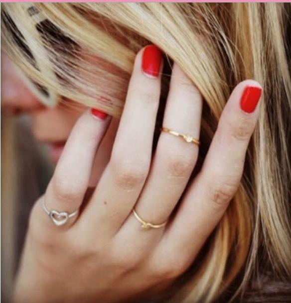How to wear Thin Rings