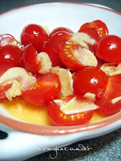 honey-garlic-tomato-salad