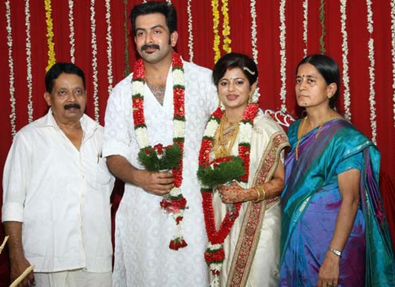 Supriya+menon+first+marriage+with+pradeep+photos