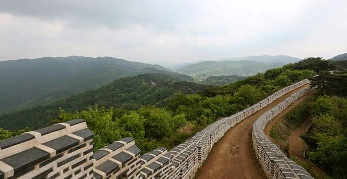 NAMHANSANSEONG  FORTRESS   南漢山城