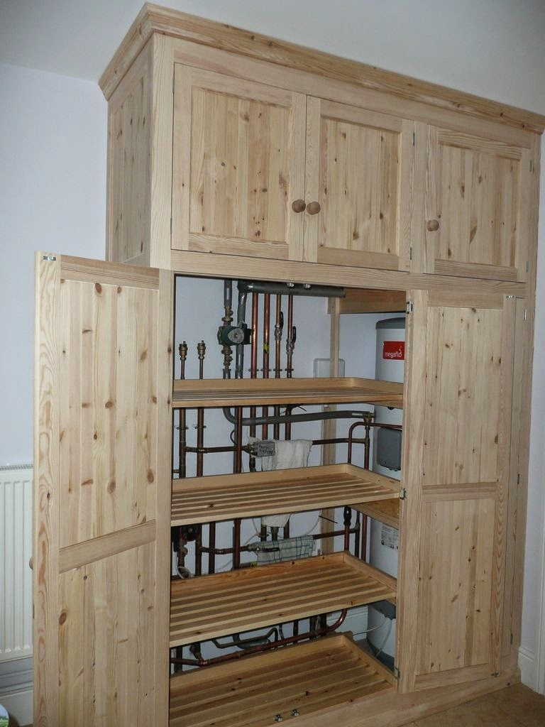 Mike Paton Carpentry Shelving Gallery