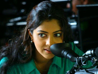 amala paul in run baby run