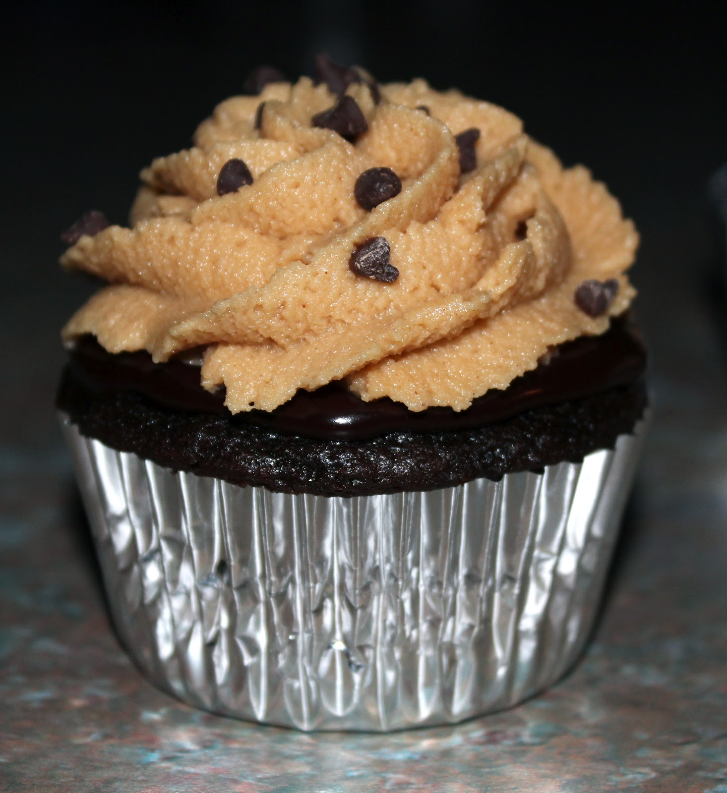 Dark Chocolate Cream Cupcakes with Peanut Butter Cookie ...
