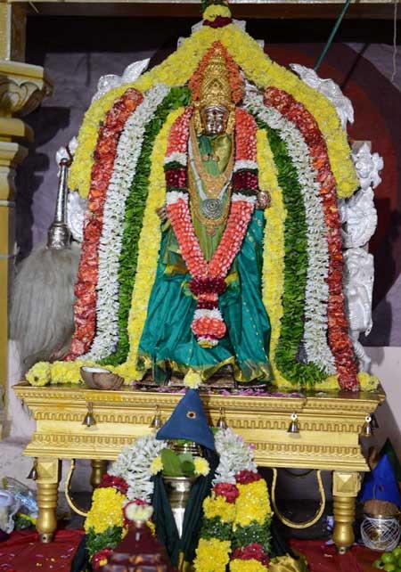 Vijayawada - బాలాత్రిపురసుందరి దేవిగా అమ్మవారు