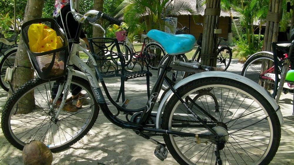 Avani Sepang Goldcoast Resort - Basikal ialah pengangkutan utama!