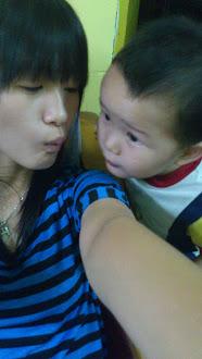 kiss kiss :*