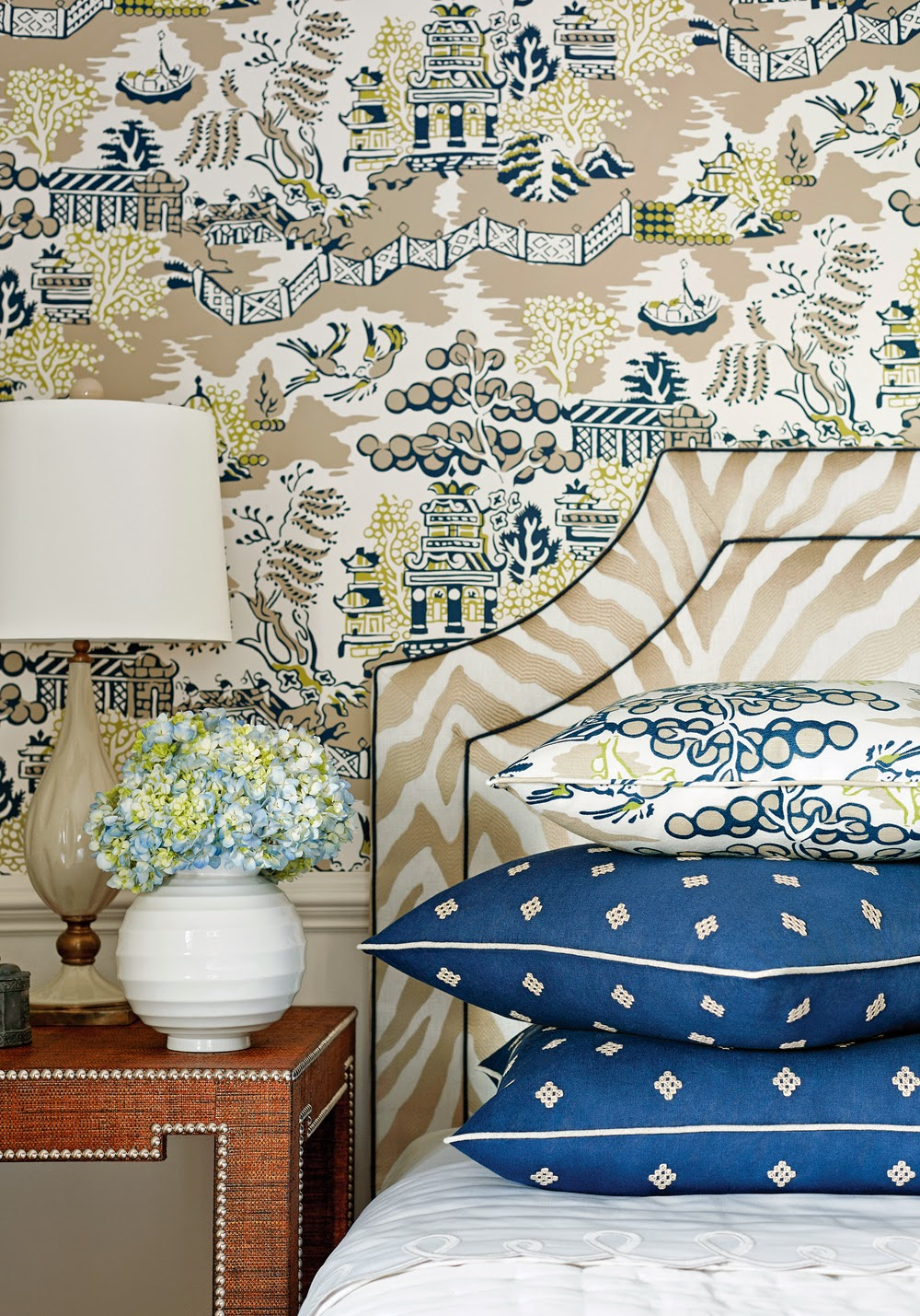 http://www.thibautdesign.com/collection/high_res.php?patternID=1526&productID=10721