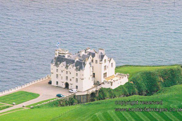 Decoration Dunbeath Castle İn Scotland