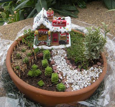 Tiempo jardin jardin en miniatura for Peceras en jardines