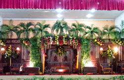 Dekorasi gedung pesta