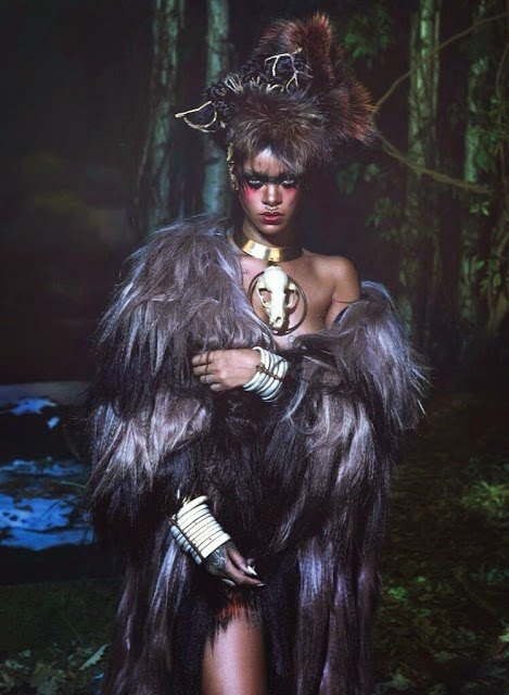 Rihanna-Eskimo-Horror-Story-W-magazine-September-2014-06