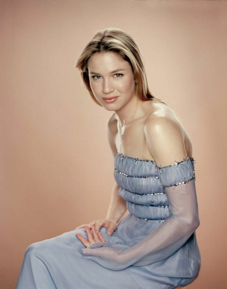 atoz hotphotos renee zellweger hot stills