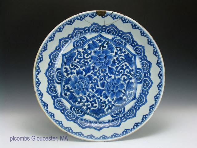 "<img src=""Chinese Kangxi Charger .jpg"" alt=""large blue and white porcelain Persian market"">"