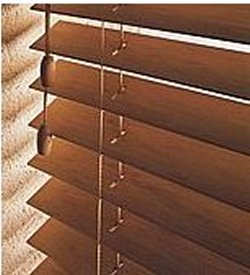 Decor villa sur cortinas roller peru persianas peru for Estores de madera